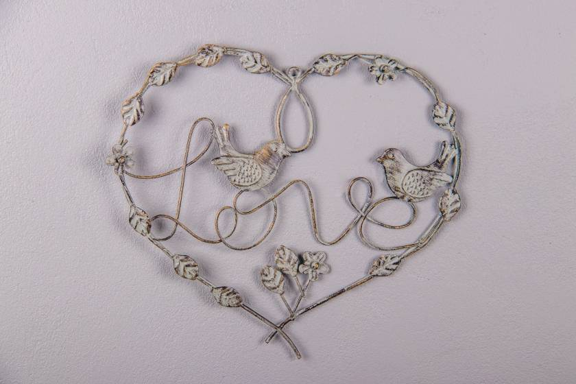 Wall Decor: Heart: Antique Grey