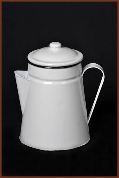 Coffee Pot: White
